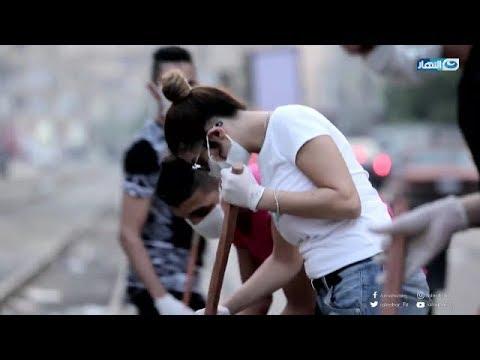 دعاء صلاح تنظف شوارع مصر الجديدة بنفسها بعد صدمتها من ردود فعل الشباب | مع دودي
