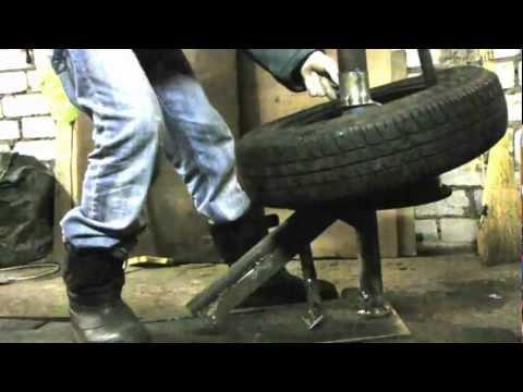 видео: шиномонтаж руками. демонтаж монтаж за 4 минуты