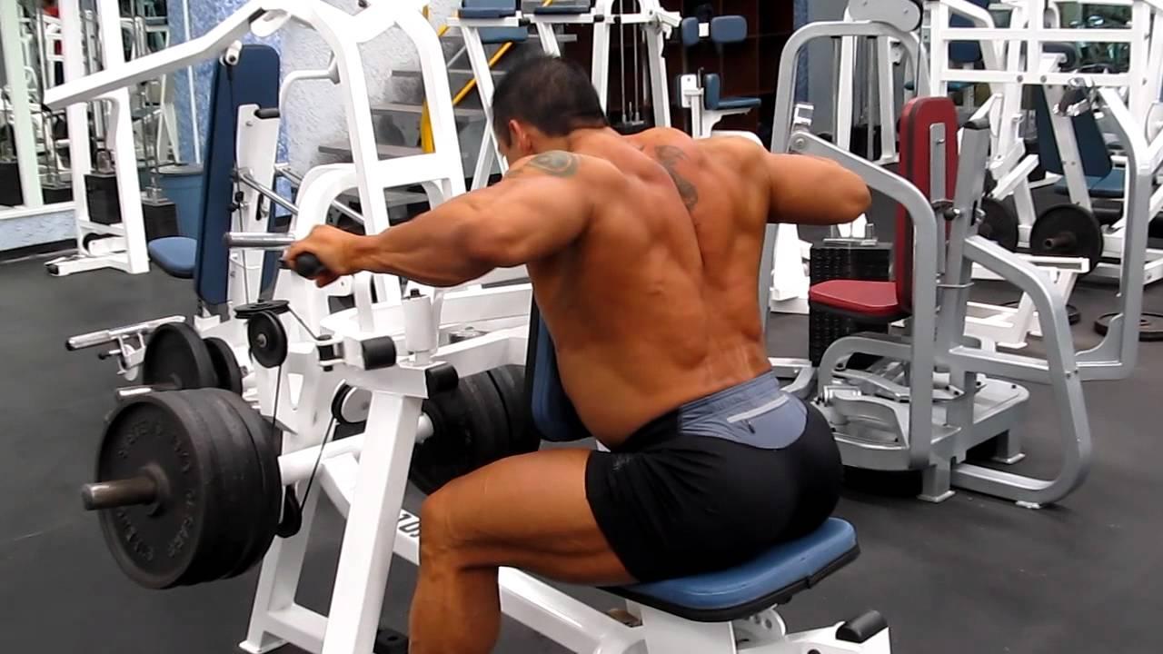 Aparato para remo horizontal biangular sin peso youtube for Aparatos de gym