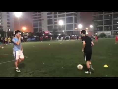 lớp dạy bóng đá cho người lớn – một buổi tập luyện