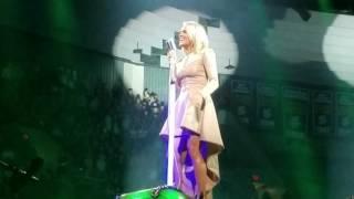 Carrie Underwood- Cowboy Casanova live in Spokane