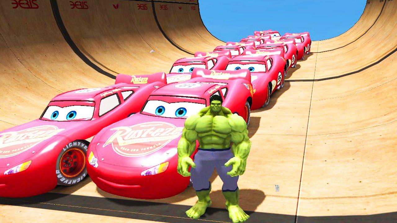 10 машин Молния Маквин Тачки 2 на русском, Невероятный Халк и гигантский тоннель : большие гонки!