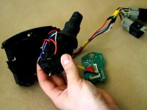 видео: Переделка сгоревшего подрулевого переключателя Рено (ч.1)