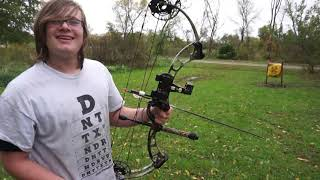 Archery Fail : First Time Shooting A Bow