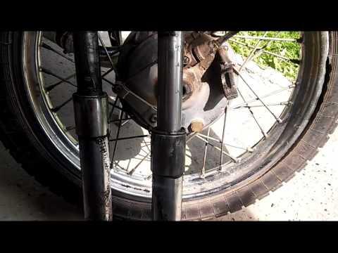 Мотоцикл Минск, Восход, вилка передняя, снятие разборка. Люфт вилки. 1 часть.