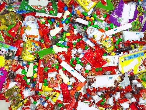 Много Новогодних конфет,сладостей и Киндер Сюрпризов.Распаковка Подарочных Наборов a lot of candy
