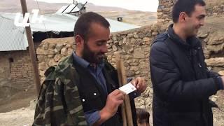 Վանեցի հովիվը խնդրում է հայերեն գրել Նարեկ բառը