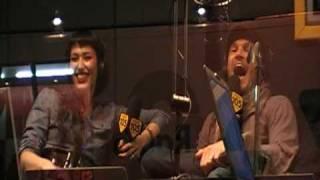 Nina Zilli ospite di Alvin e DJ Giuseppe a Radio 105,60°Festival di Sanremo,16.2.2010.HQ