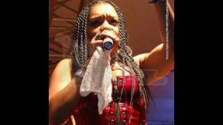 Watch Destra Garcia I Dare You video