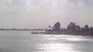 قناة السويس الجديدة : مشهد للملاحة بمنطقة بحيرة التمساح المواجهة للحفر بالقطاع الاوسط