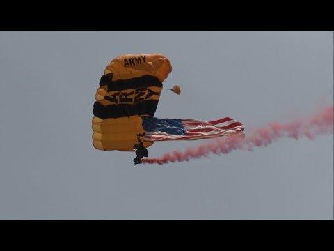 2017 Northeastern Pennsylvania Airshow - US Army Golden Knights