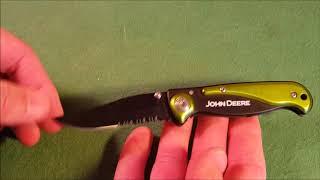 The Folding John Deere Pocket Knife (Model # Ty26564)