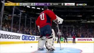 "Mike Smith scores ""impossible"" goal 
