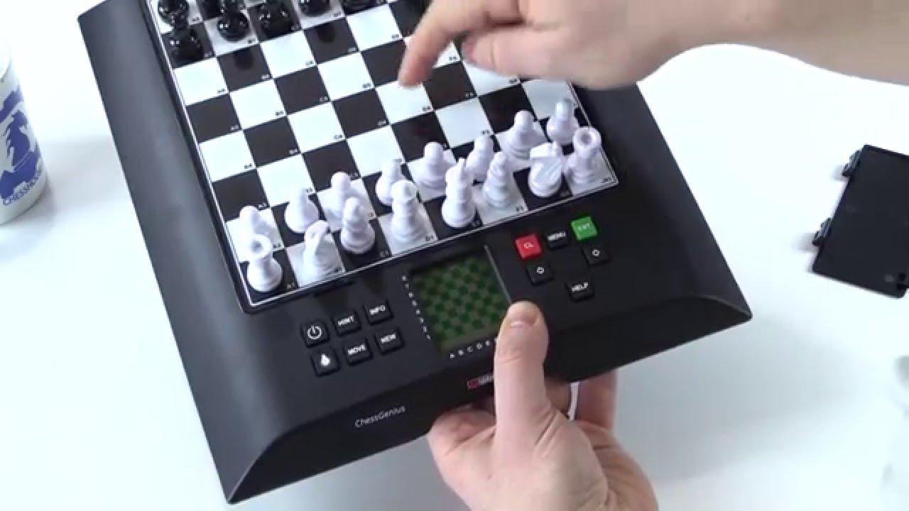 Gesellschaftsspiele Europe Chess Master 8-in-1 Schachcomputer