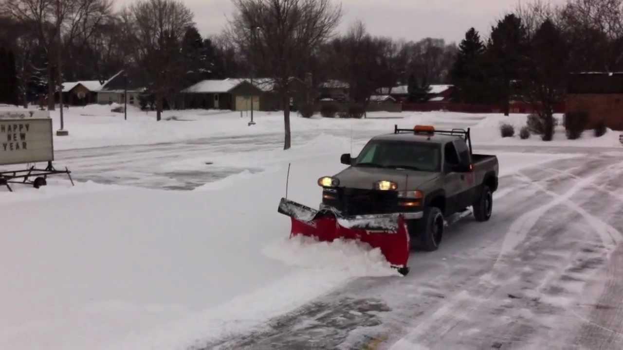 Gmc Sierra Truck >> BOSS V-XT Plowing Powder - YouTube