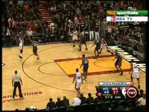Dwyane Wade game 4 2009 Playoffs Miami Heat vs Atlanta Hawks