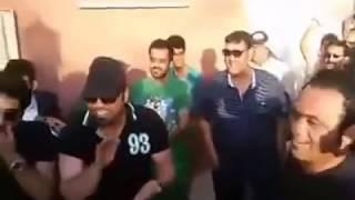 هوسات الفنانين امام باب منزل الفنان ماجد ياسين بمناسبة خروجه من المستشفى