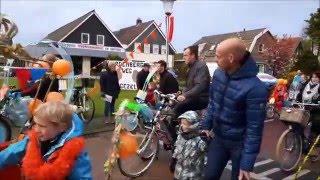 optocht versierde fietsen en karren in Ommen  2016