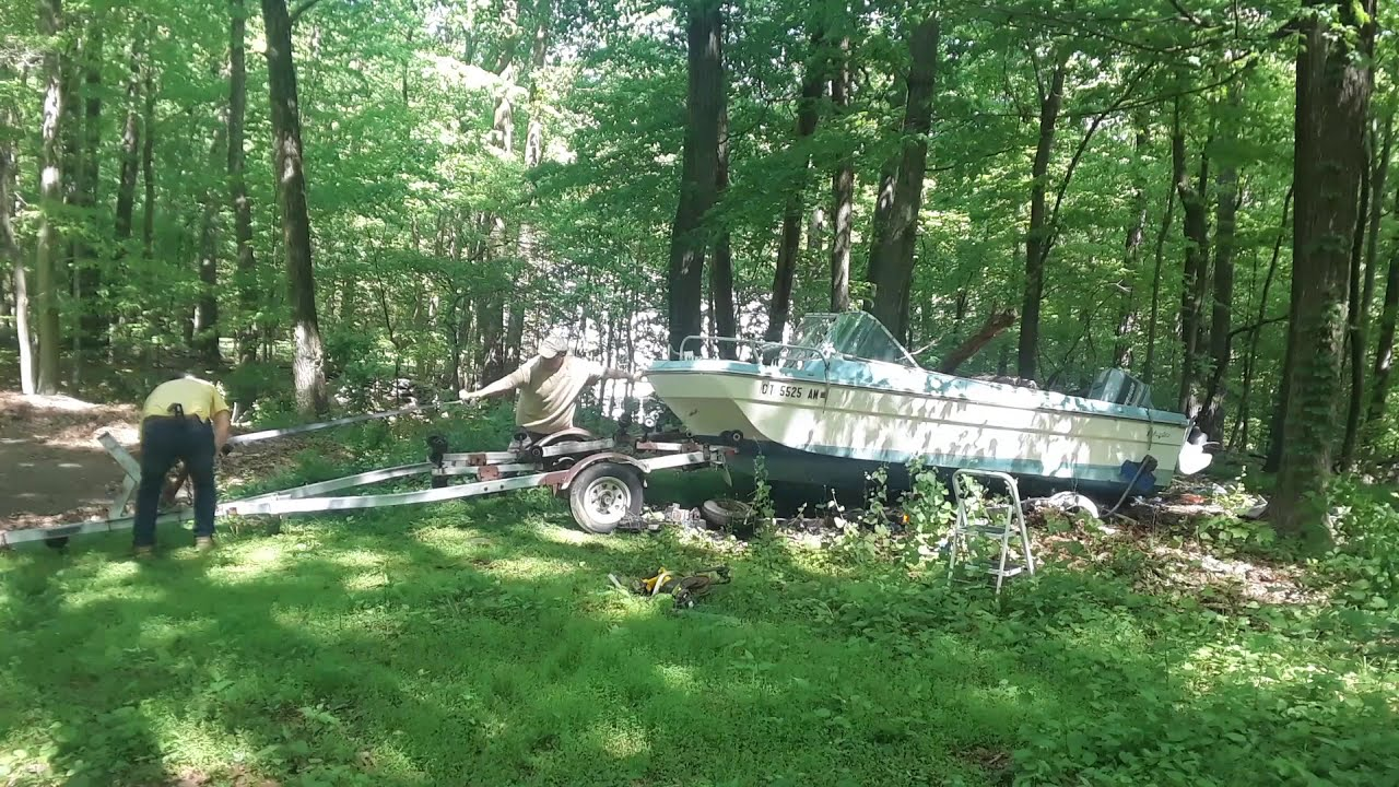 Boat Removal - Connecticut Junk Removal LLC -203-866-1990