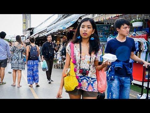 Chatuchak Weekend Market - Bangkok, Thailand 2017