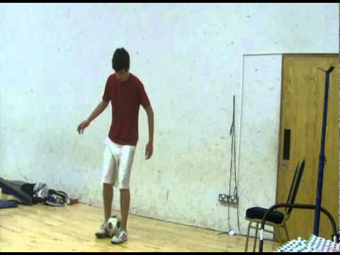 Daniel Dennehy - Freestyle Football Training in Dublin - yooo what's up!! my name is Daniel Dennehy and I'm a professional freestyle footballer from Dublin, Ireland.