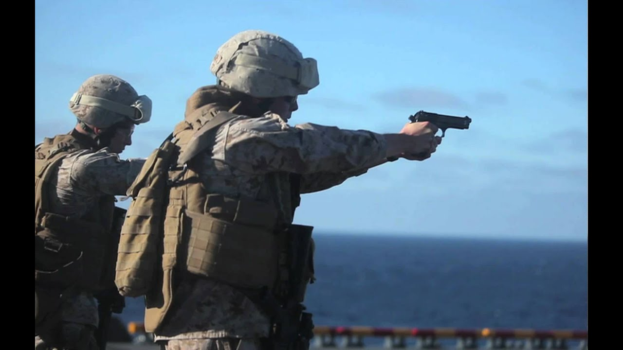 marine mp u0026 39 s shooting m4 carbine beretta m9 part3