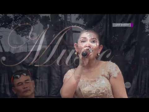 Yuni Kartika - Keloas Gazebo Music (Wproduction & Management) Live Bogor