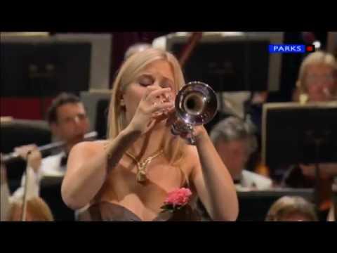 Alison Balsom, Haydn Trumpet Concerto in Eb, 1st mov.