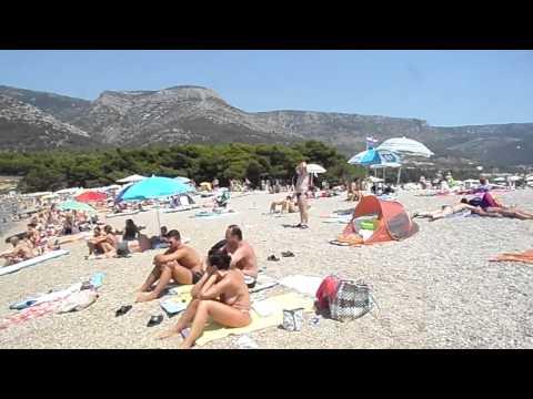 Chorvatsko 2013 , Pláž Zlatni rat - Bol, ostrov Brač - pláž na pravé straně