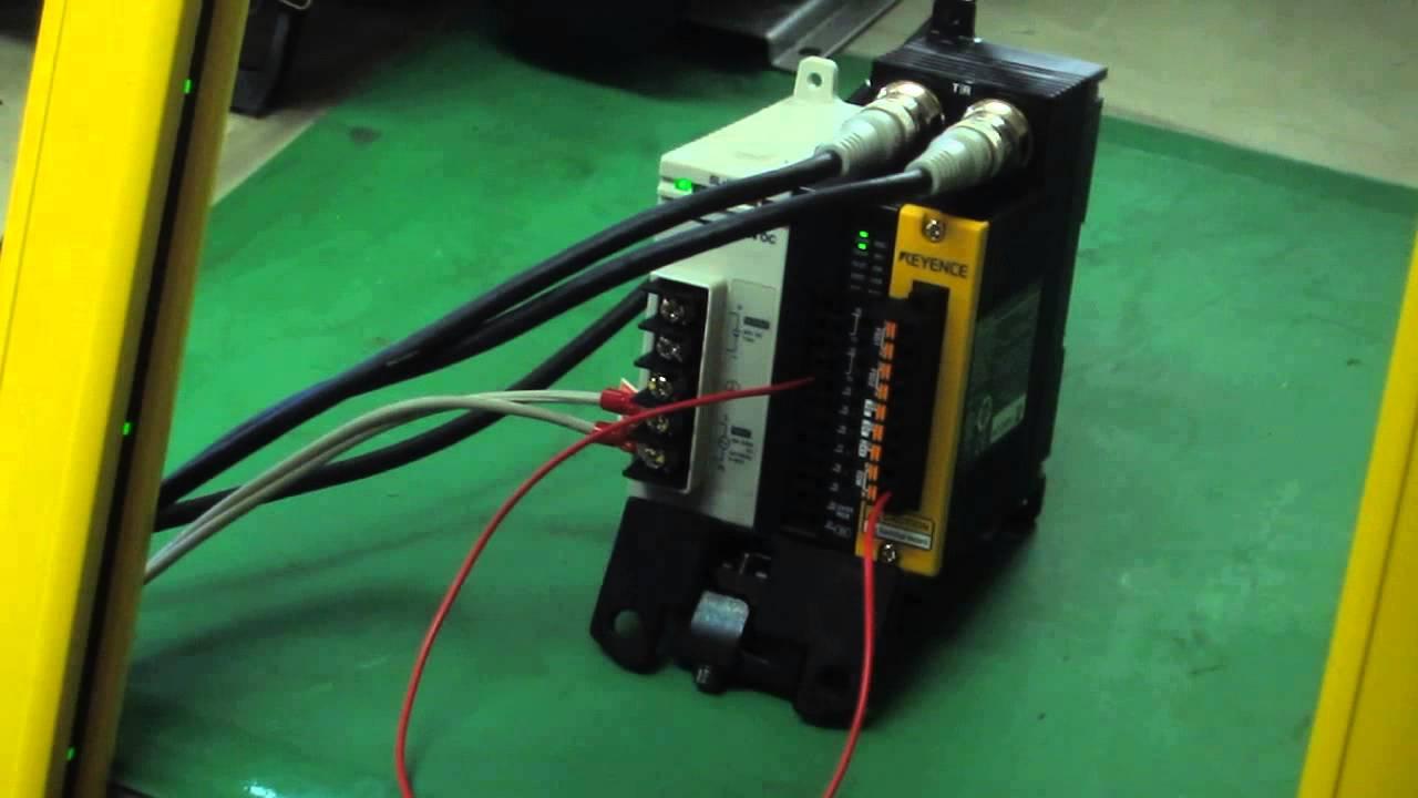 KEYENCE GLR64HGGLT11RSLU2 Safety light curtainrelay terminalpower unit   YouTube