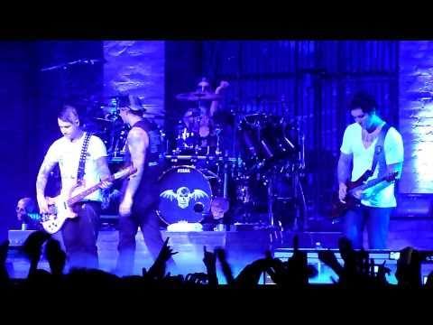 Avenged Sevenfold - Buried Alive - Live Paris 14/11/2010 HD