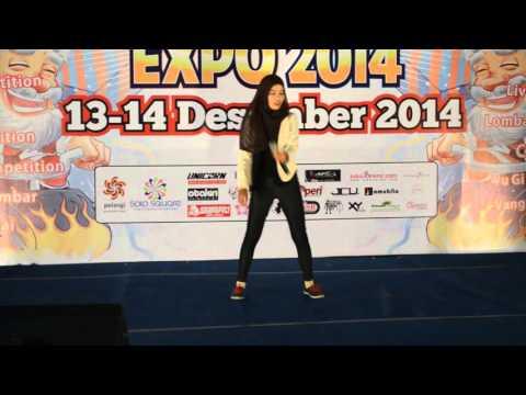Evangelion: Zankoku no tenshi no Teeze [Live] - YouTube