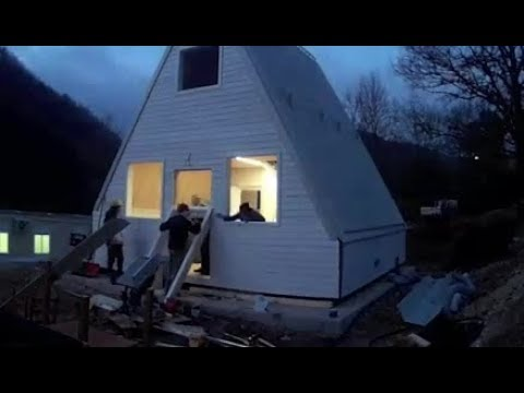 This £24.8K flat pack folding home takes just SIX HOURS to build