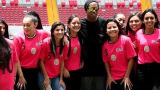 Ronaldinho na Costa Rica