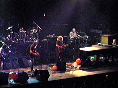 Grateful Dead 3-18-92 Spectrum Philadelphia PA