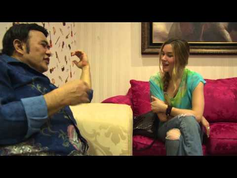Rhoma Irama - the King of Dangdut music talks with Joss Stone