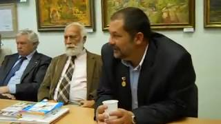 А.Кердан, А.Лиханов, В.Воскобойников и С. Лукьяненко в библиотеке Грина в Кирове.