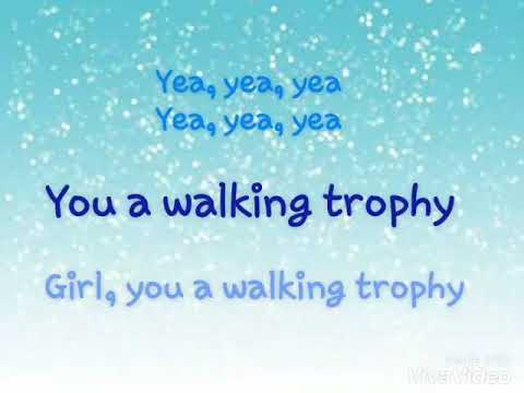 Hoodcelebrityy - Walking Trophy Lyrics