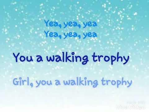 Hoodcelebrityy - Walking Trophy Lyrics