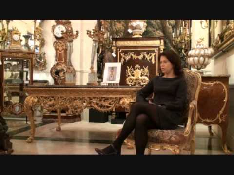 Interview with the Adrian Alan Gallery, expert in 19th Century furniture, by www.artfinding.com