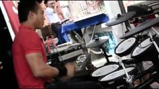 A Thu Drum