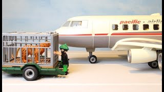 Playmobil Wild Animal Plane Transport The Airport