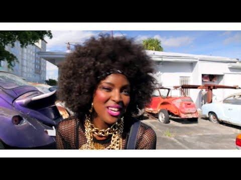 Amara la negra - Soy Una Dama (Video Oficial 2017)