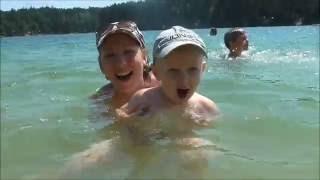 Голубые Озера 2016 Видео 2: Купаемся Плаваем Играем Отдых Туризм(Это второе видео из нашего похода на Голубые Озера. Персвое видео смотри по ссылке:, 2016-07-29T15:34:19.000Z)