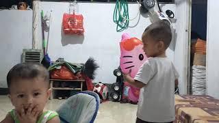 Bermain layang layang / lagu anak indonesia ngejar layangan