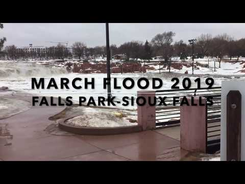 March Flood Falls Park Sioux Falls
