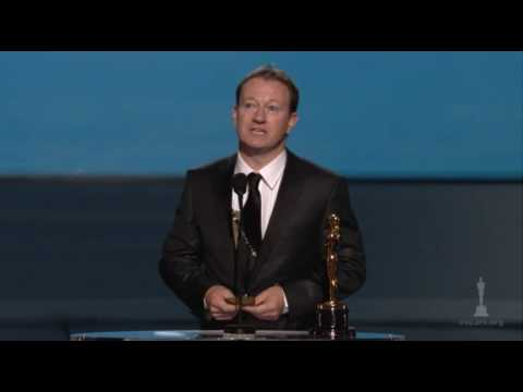 Simon Beaufoy Wins Adapted Screenplay: 2009 Oscars