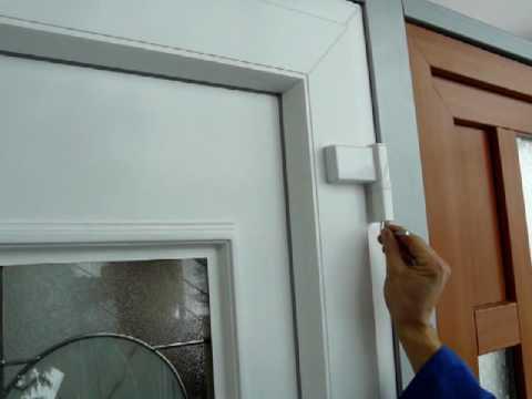 Jak vysadit plastové dveře