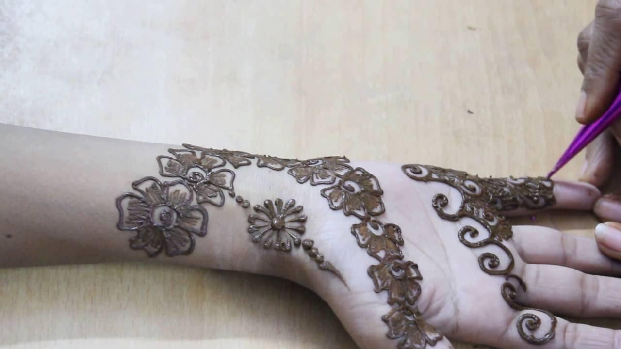 Beautiful Mehndi Designs for Hands - Best Mehndi Designs For ...