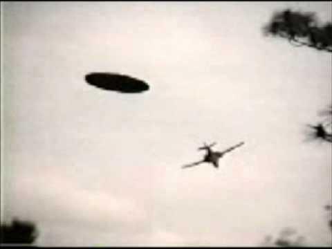 Alien Invasion - Deepika with Kaiser & Lindley